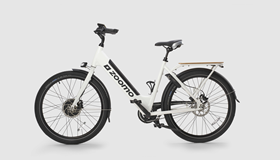The CEFC congratulates Zoomo on securing a second round of funding to further expand the commercial use of its electric bike platform. Find out more about how we're working with Zoomo to further electrify Australia's light electric vehicle fleet and decarbonise the delivery economy.